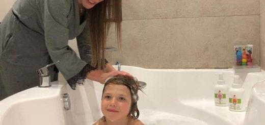 Юлию Барановскую раскритиковали за купание сына