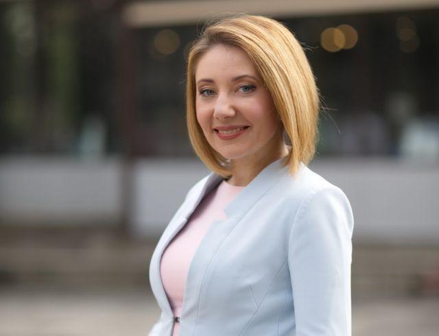 """Ведущая программы """"Вікна-новини"""" Ольга Кучер дебютировала в кино"""