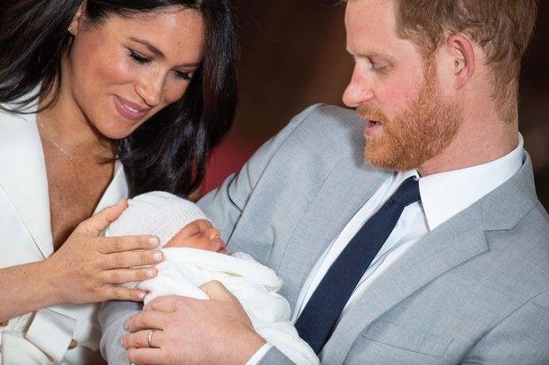 Меган Маркл и принца Гарри ограничили в родительских правах