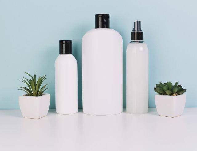 Как правильно мыть голову для красоты волос