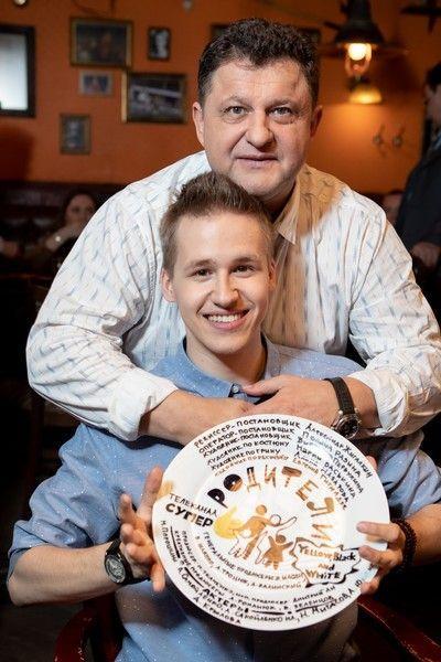 Александр Самойленко снялся в сериале вместе с сыном