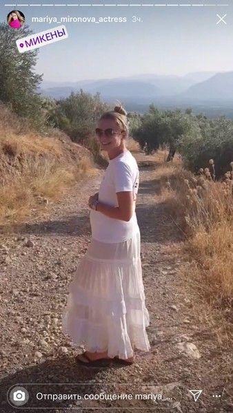 46-летняя Мария Миронова ждет второго ребенка