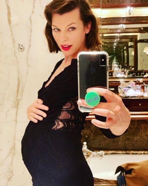 43-летняя Милла Йовович беременна в третий раз