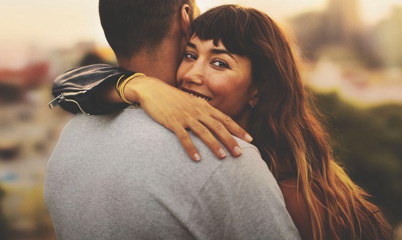 Бренд IQOS призывает совершеннолетних пользователей делиться простыми моментами счастья в новой кампании: SIMPLY AMAZING