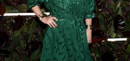 Отросший маникюр и мятое платье: Дрю Бэрримор на красной дорожке