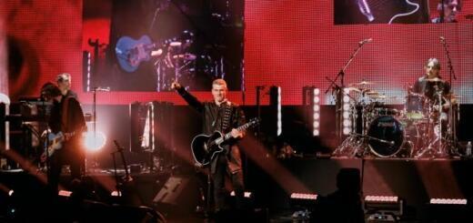 """Арсен Мирзоян представил альбом """"Ингредиент"""": как прошел концерт во дворце """"Украина"""""""