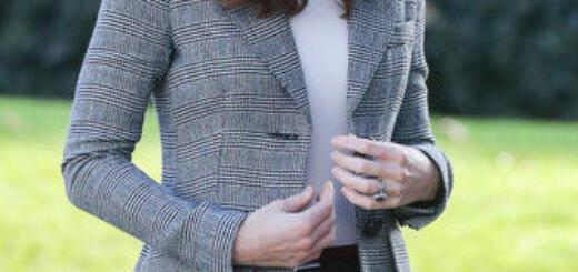 Не повторять: Кейт Миддлтон в брюках, которые ужасно сидят