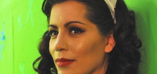 Голливудская актриса жестоко убила маму в канун Нового года?