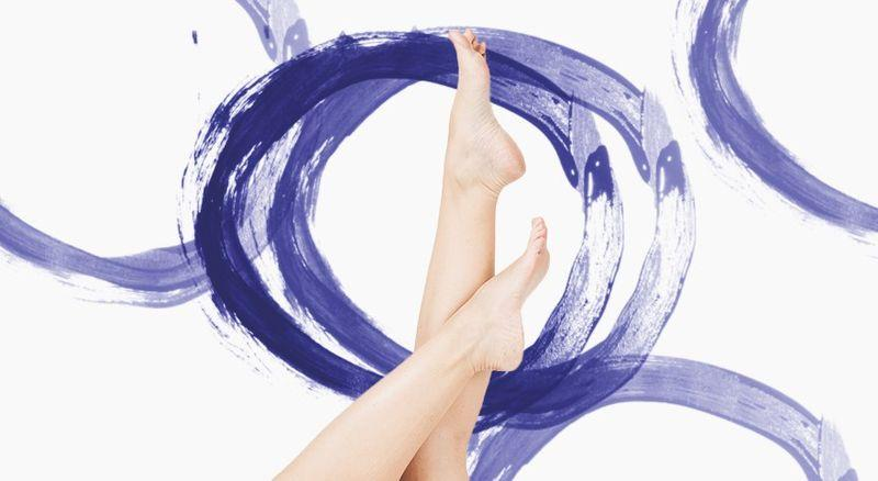11 фитнес-упражнений, которые можно сделать, не вставая с кровати