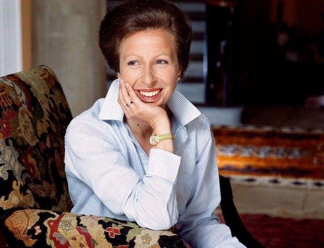 Дочь королевы Елизаветы II появилась на обложке Vanity Fair и дала интервью к своему 70-летию