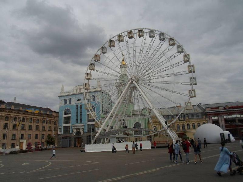Суд признал противоправным запрет движения на Контрактовой площади и улице Сагайдачного