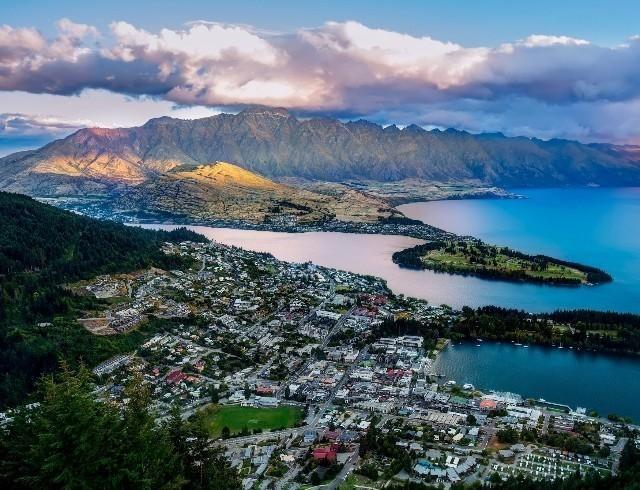 Новая Зеландия выходит из карантина: жители рассказали, как страна преодолела вирус