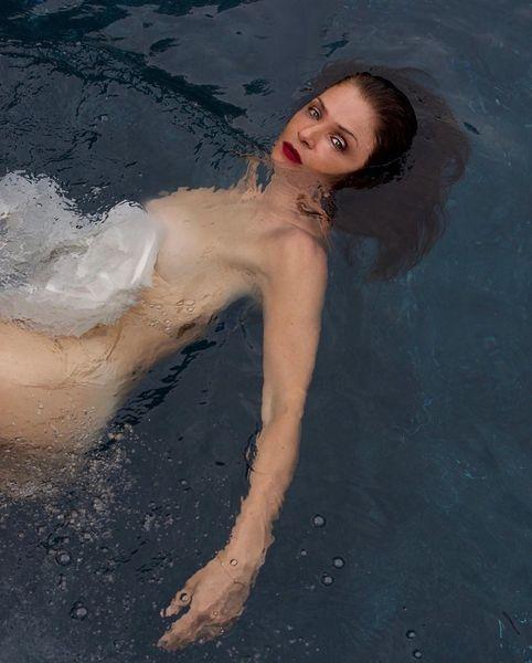 51-летняя модель Хелен Кристенсен снялась обнаженной для Harper's Bazaar (ФОТО)