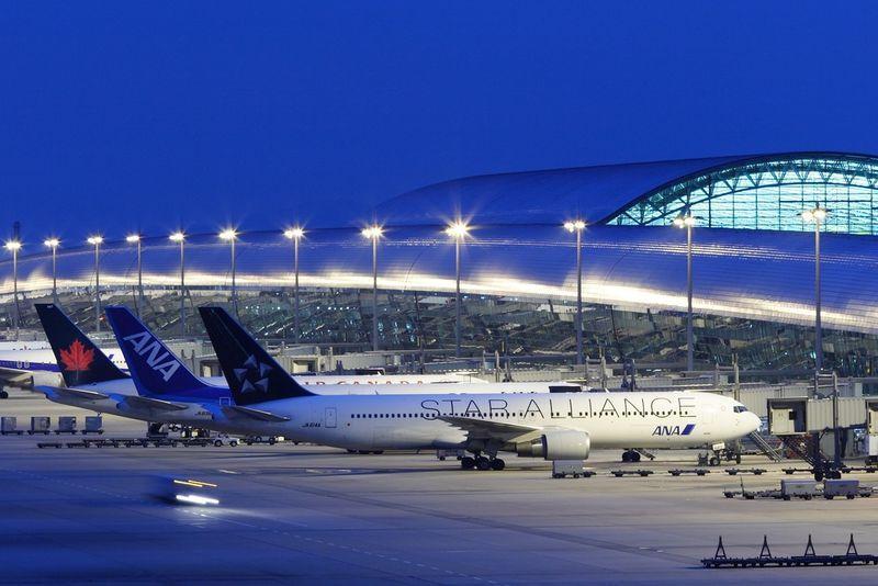 Собираем чемоданы? Украина возобновила международное авиасообщение