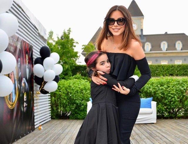 Ани Лорак вместе с дочкой Софией посетила день рождения Мартина Киркорова (ФОТО)