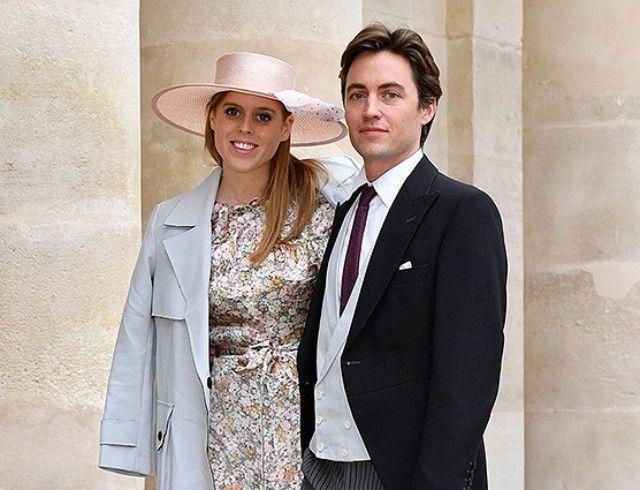 Тиара и винтажное платье королевы: первые фото со свадьбы принцессы Беатрис