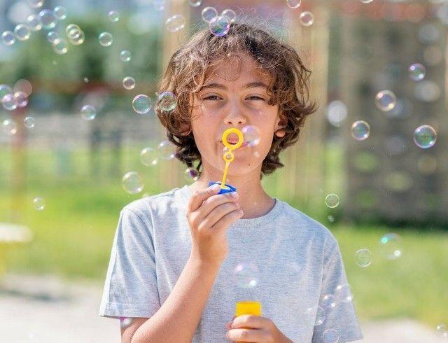Как сделать мыльные пузыри в домашних условиях: пошаговая инструкция