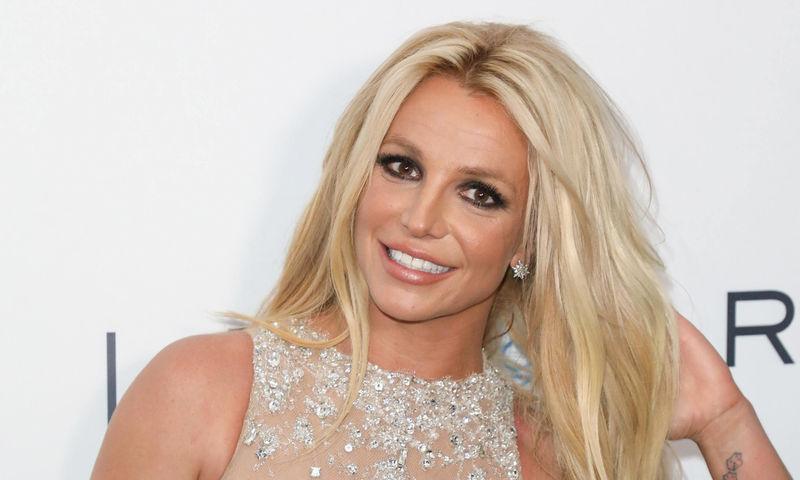 Как сейчас выглядит девушка, к которой ушел бывший муж Бритни Спирс