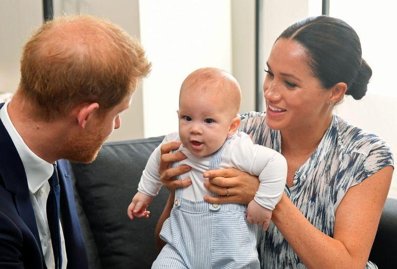 Меган Маркл и принц Гарри выиграли суд против папарацци, незаконно сфотографировавших их сына Арчи